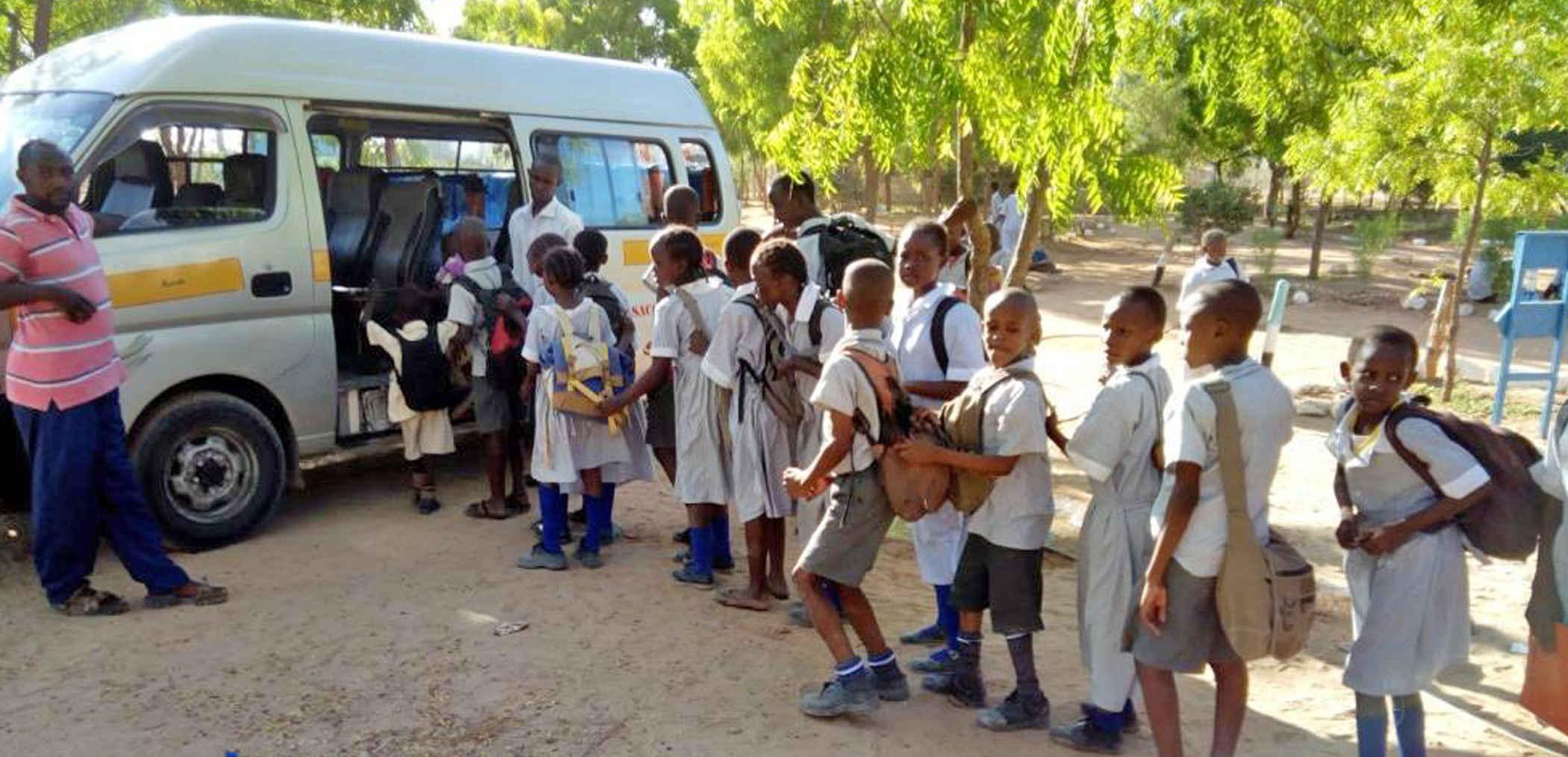 hjælp børnene Tilbage i skole